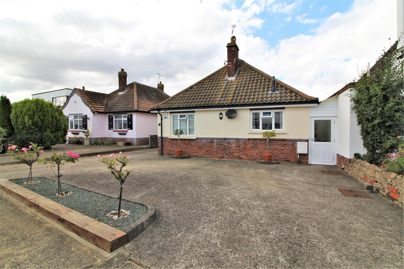 Graces Walk, Frinton-On-Sea, Essex, CO13 9PQ